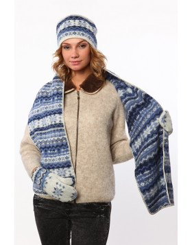 Set. (Hat, scarf and mittens). 100  % Icelandic wool.