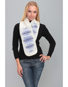 Soft and warm scarf. 100  % Icelandic wool.
