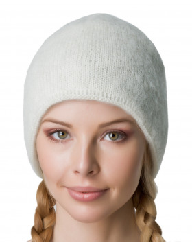 Creme Icelandic wool knitted beanie